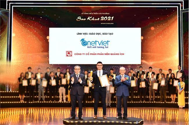 eNetViet là một trong 7 sản phẩm, giải pháp chuyển đổi số trong lĩnh vực giáo dục nhận giải thưởng Sao Khuê 2021.